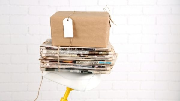 Anniversary Gifts for Parents Idea 20: Newspaper Gift Box