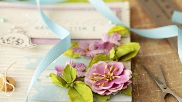Anniversary Gifts for Parents Idea 8: Scrapbook